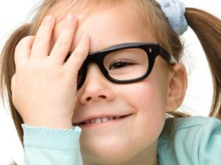 Близорукость у детей: причины и все методы лечения