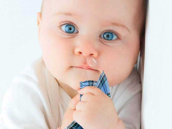 у новорожденного сопли в носоглотке