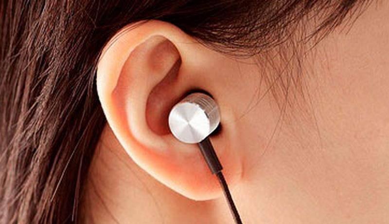Могут ли наушники повредить слух и как это предотвратить