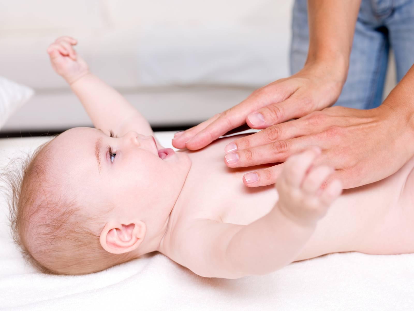 Как делается дренажный массаж ребенку при кашле