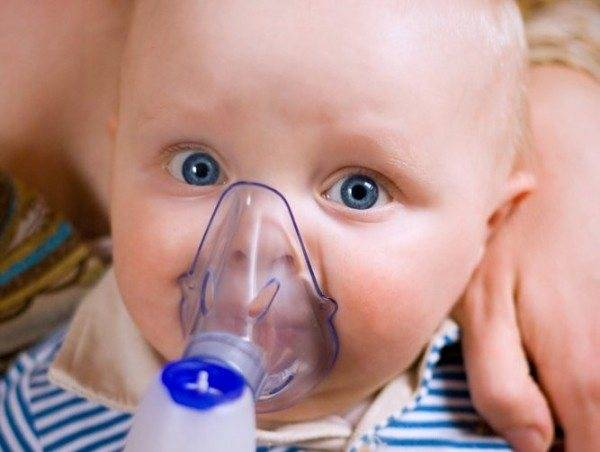 Стоит ли закапывать грудное молоко в нос малышу во время насморка?