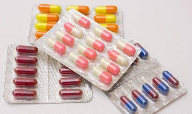 нужно ли пить антибиотики при ларингите