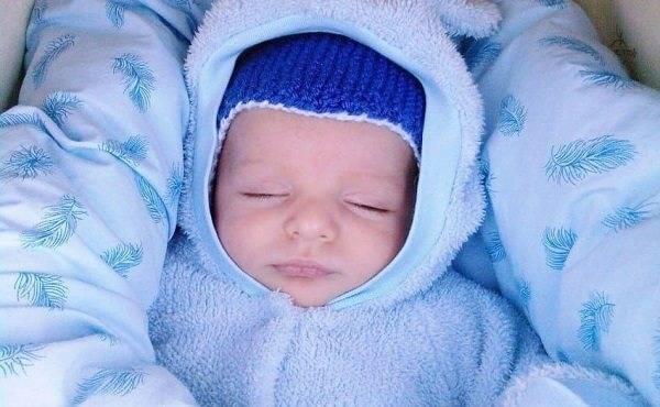 Холодный нос у новорожденного дома