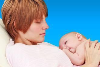 Чем лечить насморк при грудном вскармливании?