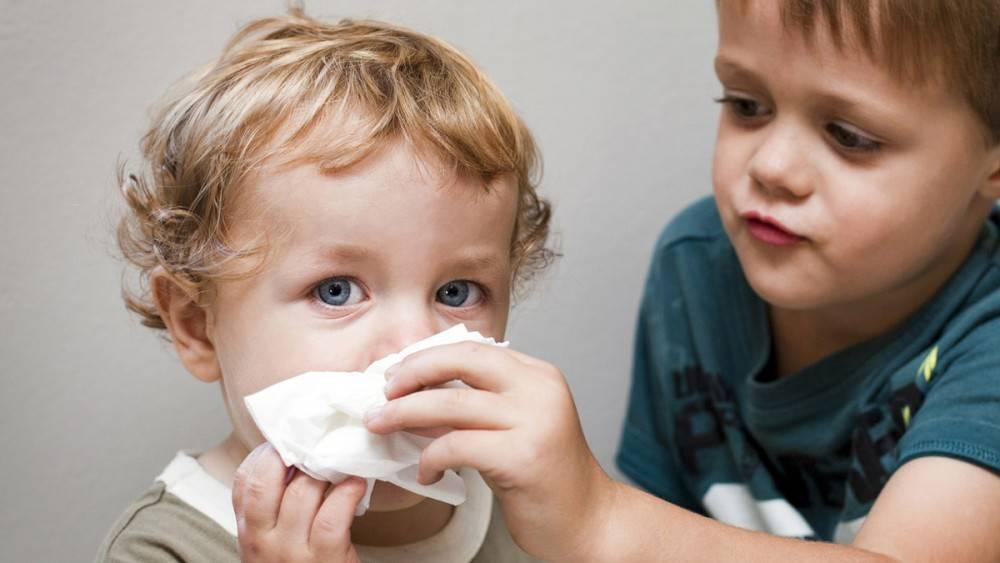 у ребенка кашель и насморк