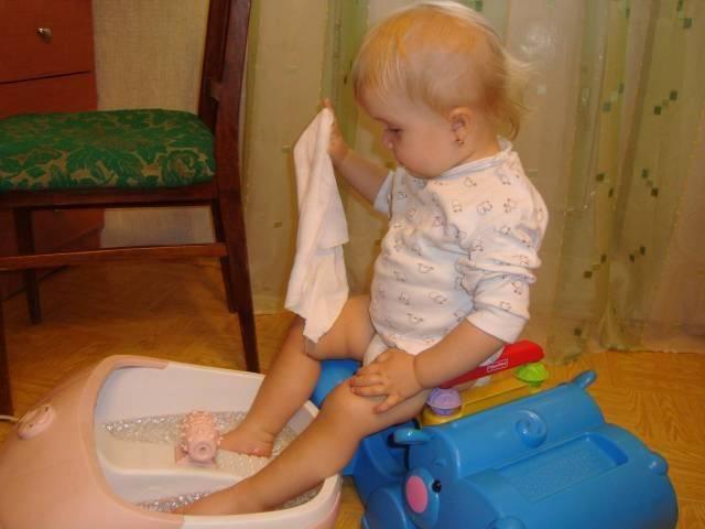 Как правильно парить ноги с горчицей: показания, польза и вред, простые рекомендации