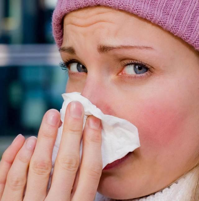 Першение в горле и кашель чем лечить