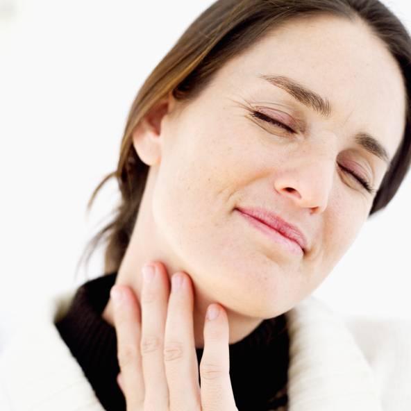 что делать если очень сильно болит горло