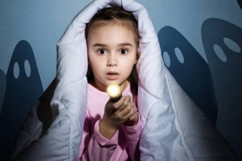 Боязнь темноты: причины и методы избавления