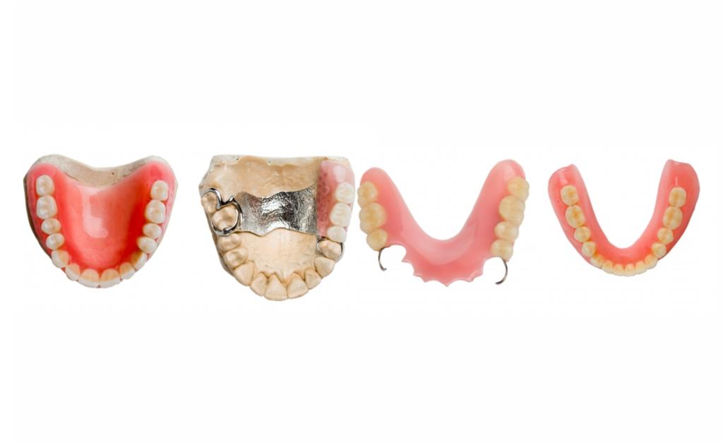 виниловые зубные протезы