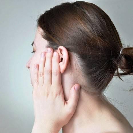 Болит ухо после удара ладонью