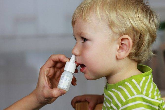 Почему у детей долго не проходят сопли, и как лечить такое состояние