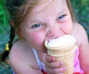 Можно ли есть мороженое, когда болит горло и налицо признаки ангины?