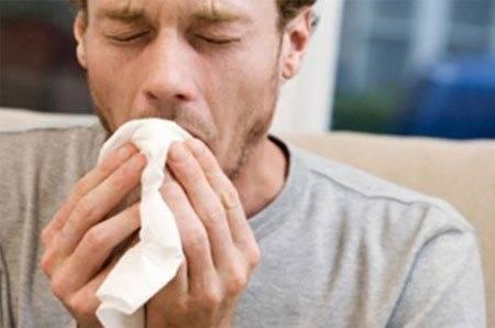 Почему появляется кашель с мокротой у курильщика?