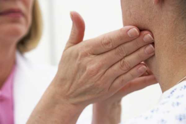 Признаки, симптомы и причины лактостаза у кормящей матери. как лечить лактостаз у кормящей матери в домашних условиях самостоятельно: эффективные мази, компрессы, массаж груди и народное лечение лактостаза