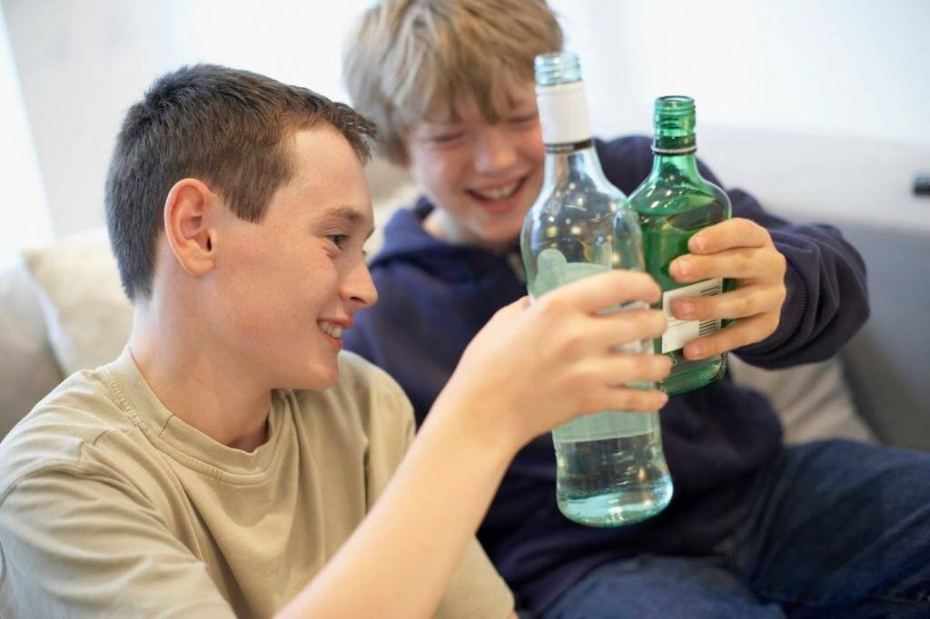 Алкоголизм среди молодежи статистика в россии