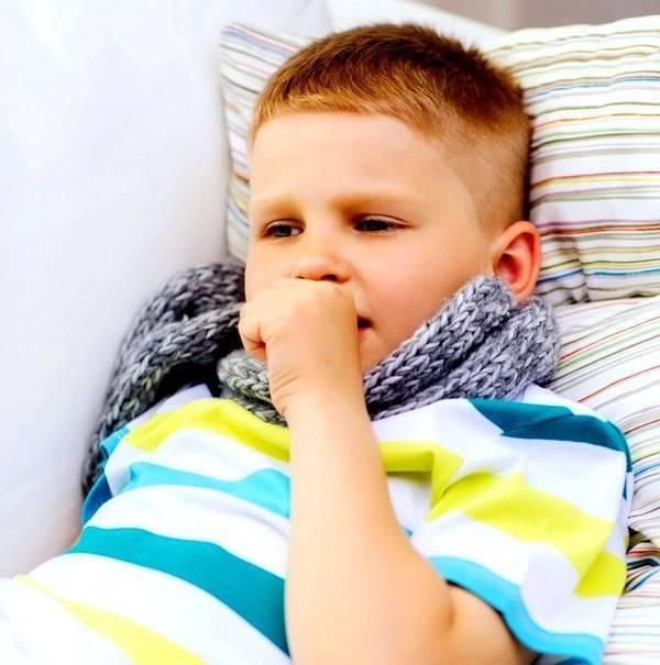Как снизить приступы кашля у ребенка