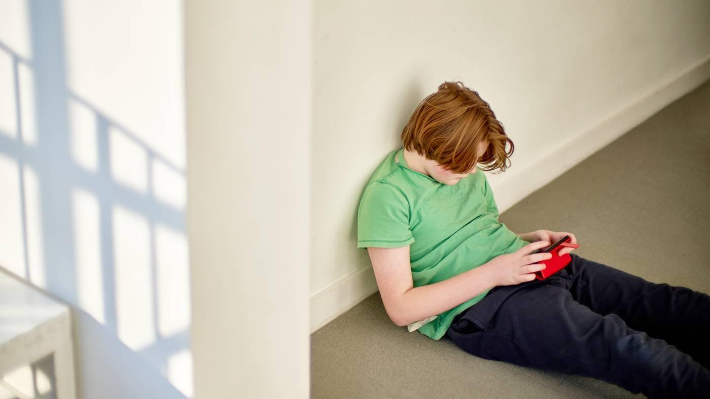 Депрессия у детей: как вывести из нее, признаки и симптомы, причины депрессии у подростков