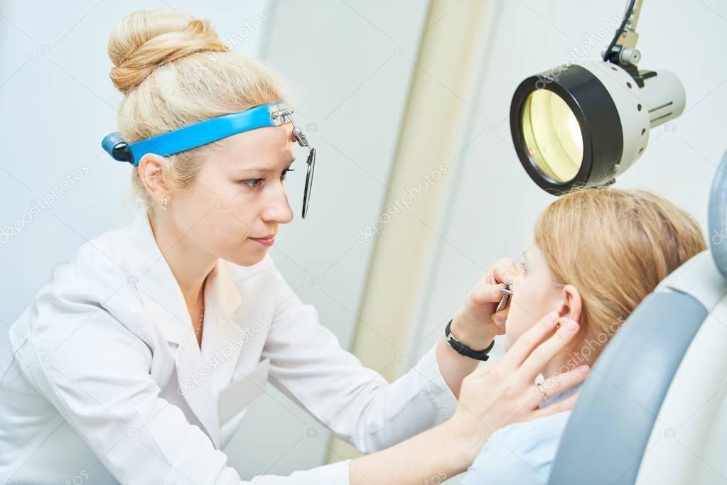 Как называется врач по ушам: какие болезни лечит, информация