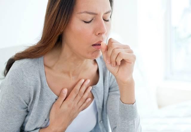 Удушающий кашель у взрослого – причины и лечение