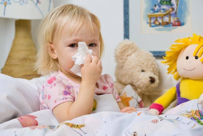 насморк у новорожденных лечение комаровский