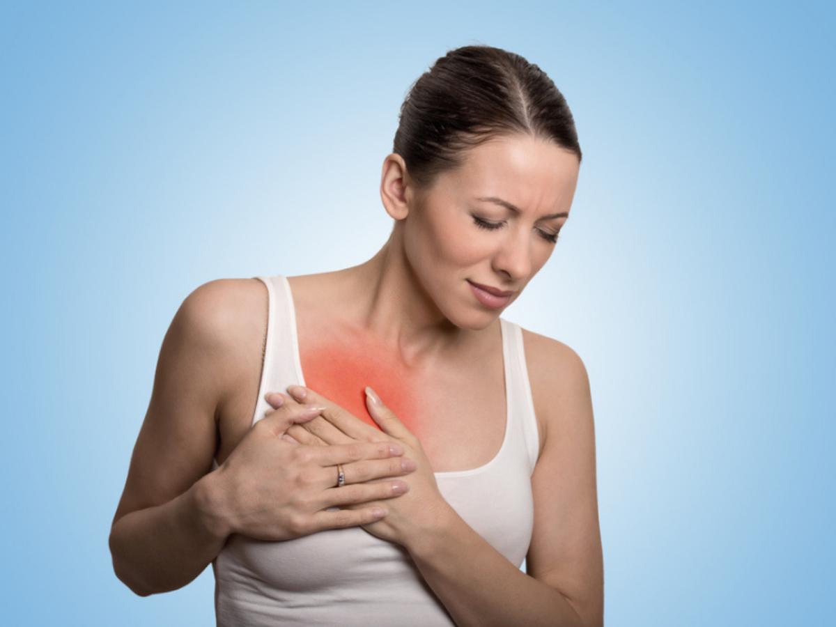 Опухоль в груди болит при надавливании