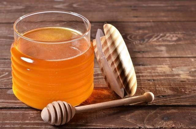 Лечение геморроя медом: отзывы об использовании меда при геморрое