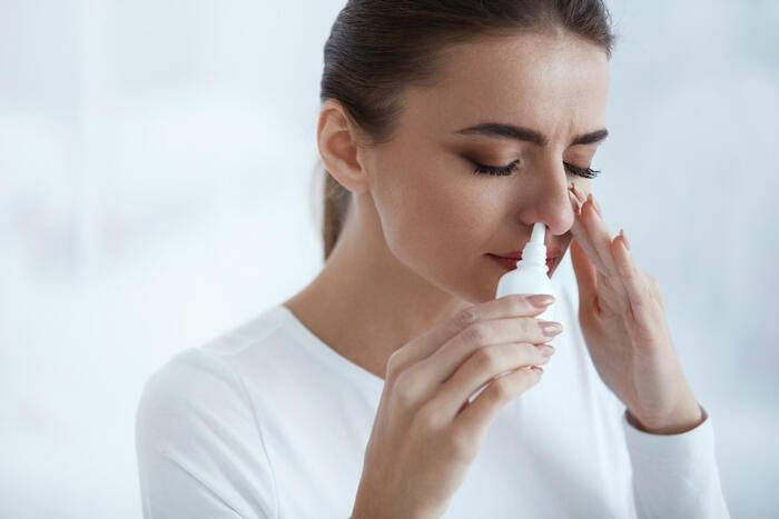 Температура 37 заложен нос болит горло что это может быть
