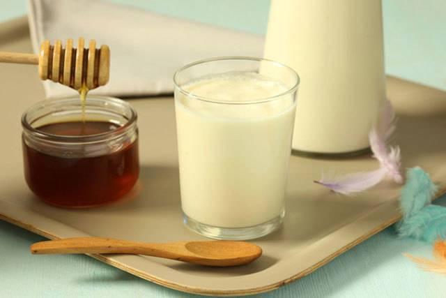 Поможет ли молоко с содой для лечения кашля и простуды?