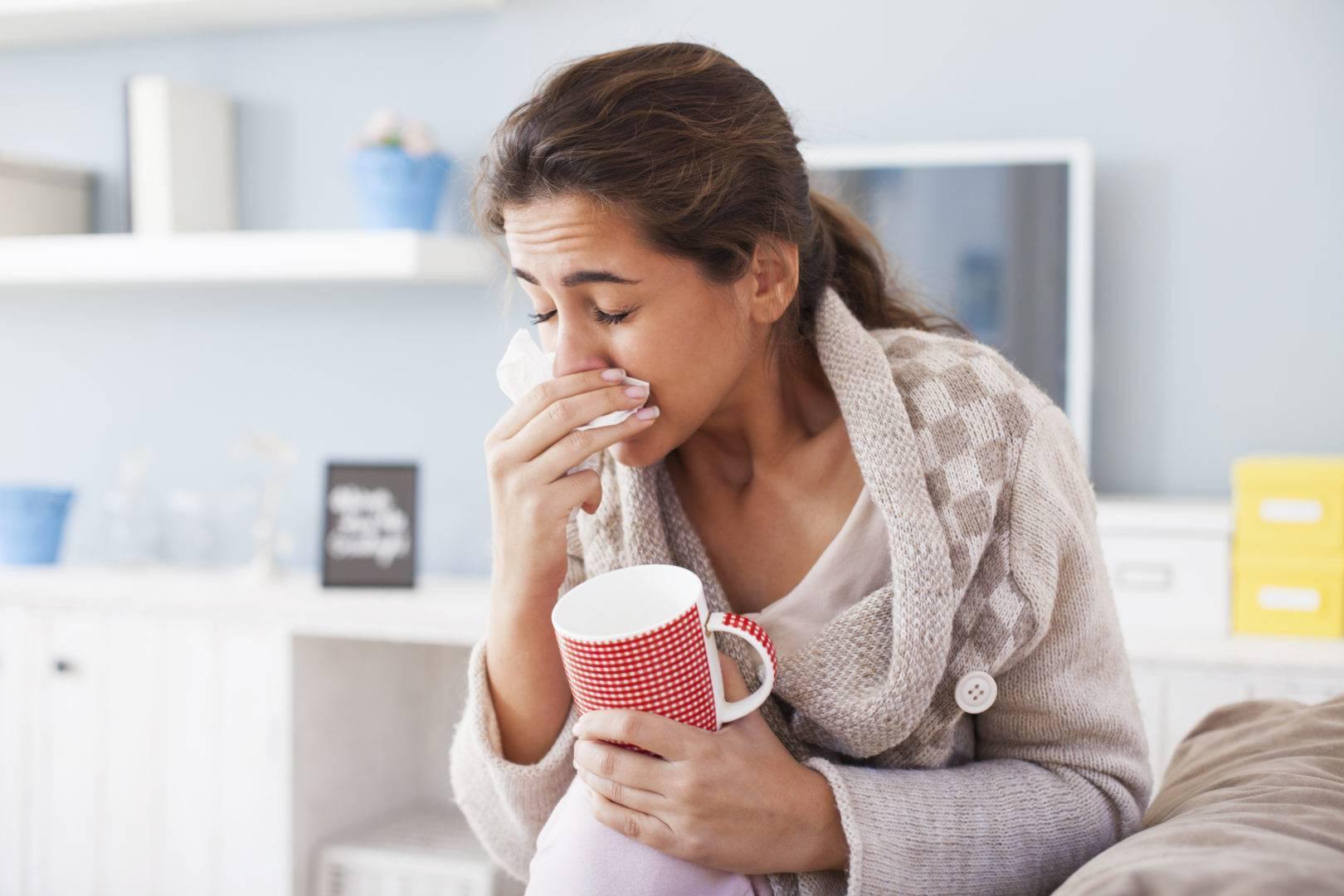 Насморк по утрам: причины появления и методы лечения насморка