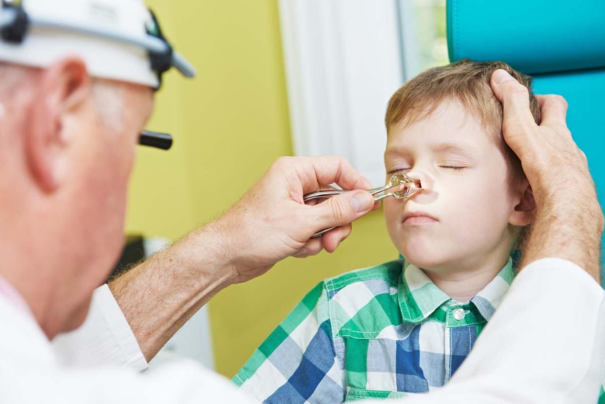 Как вылечить аденоидит у детей?