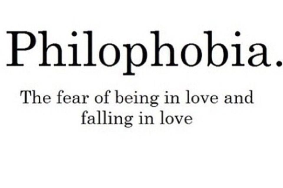Фобии: что это такое? особенности лечения боязни человека, причины возникновения. как называется страх белого листа, боязнь совершить ошибку и другие фобии?